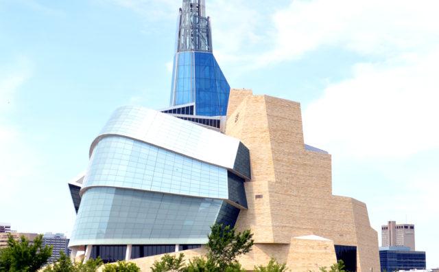 カナダには国立の人権博物館がある